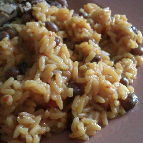 Arroz con Gandules (Rice and Pigeon Peas).