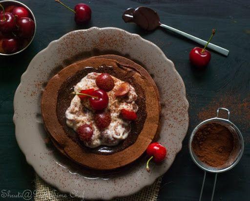 Black forest pancakes | Dark Moody Food Photography | Pinterest