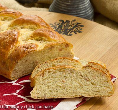 Parmesan Prosciutto Bread @Shannon Thomas Skinny Chick Can Bake!!!
