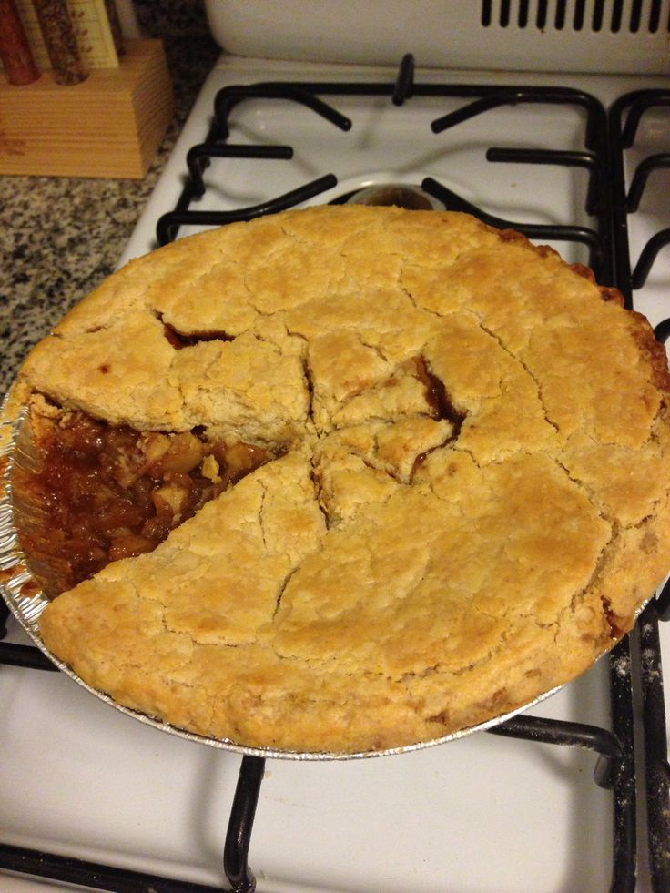 Home made brandy apple pie! | cooking | Pinterest