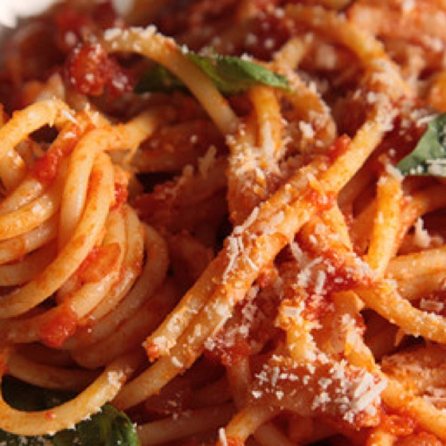 Bucatini all'Amatriciana | FOOD & LIBATIONS | Pinterest