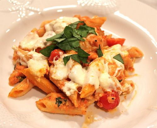 Caprese Chicken Pasta Bake | Yummy Dishes to Try! | Pinterest