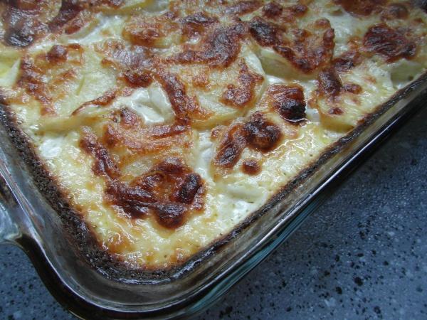Red Onion Potato Gratin | Non-Low Carb or Paleo Yummies | Pinterest