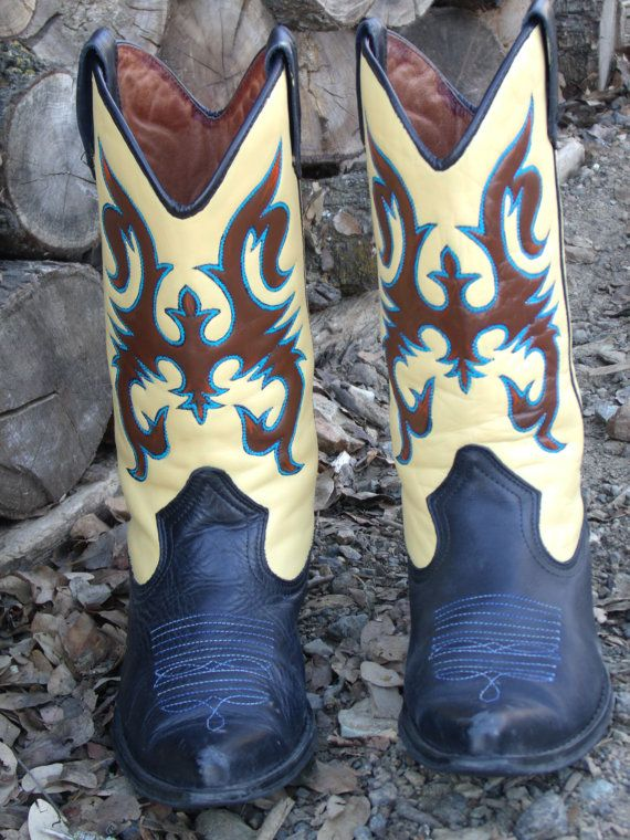 Elegant  Hand Tooled Hand Painted Western Cowboy Boots  Western Lifestyle