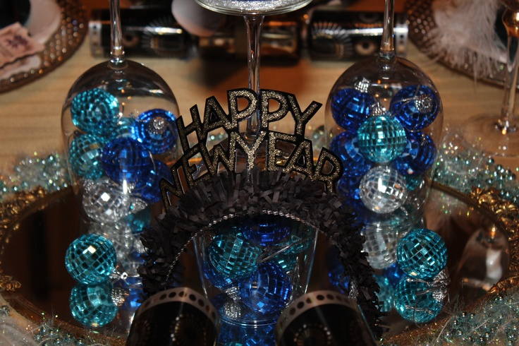 New year eve table decoration photograph new years eve tab - New year table decorations ...