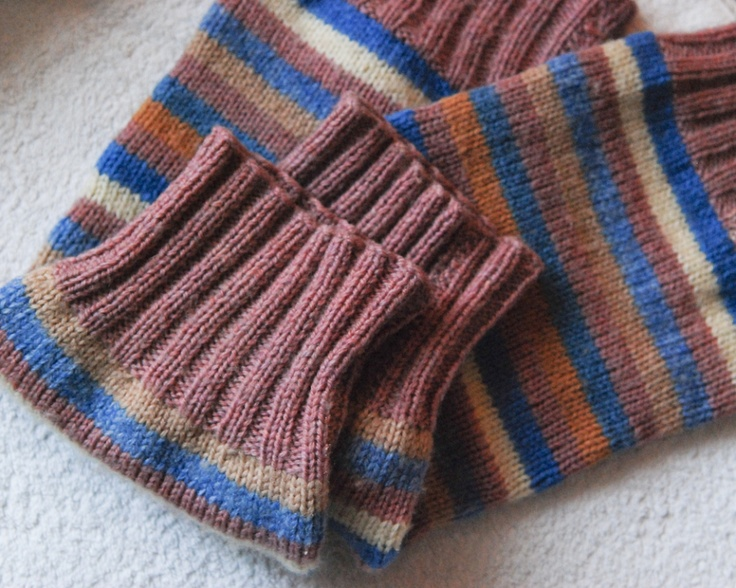 Knitting Pattern Leg Warmers Straight Needles : Leg warmers (even straight needle) Knitting Projects Pinterest