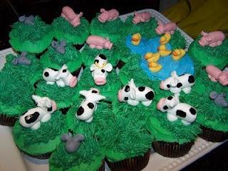 farm cupcakes!