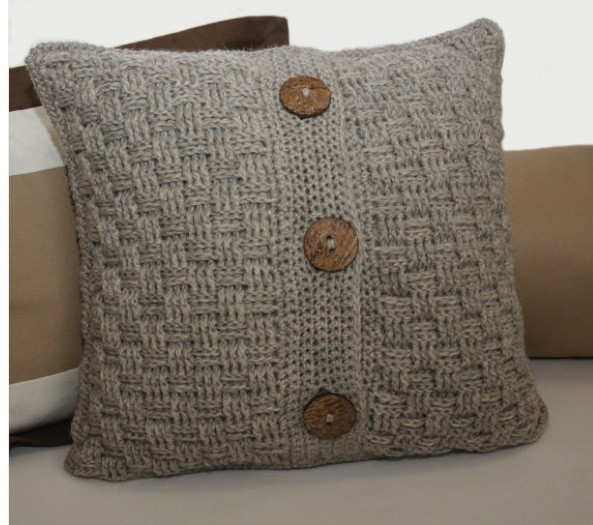 Crochet Stitches For Pillows : Etsy pillow cover pattern (works if you know someone who can crochet!)