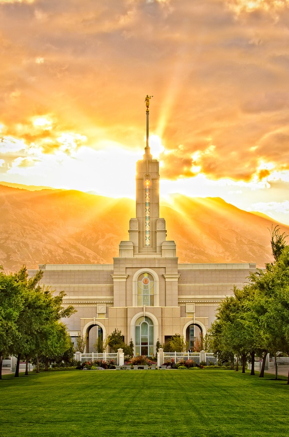 red beats Mt Timpanogas Temple  Travel