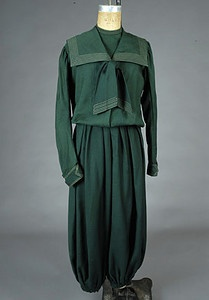 Ladys Cycling Garment, c.1890 - the need for cycling clothes women
