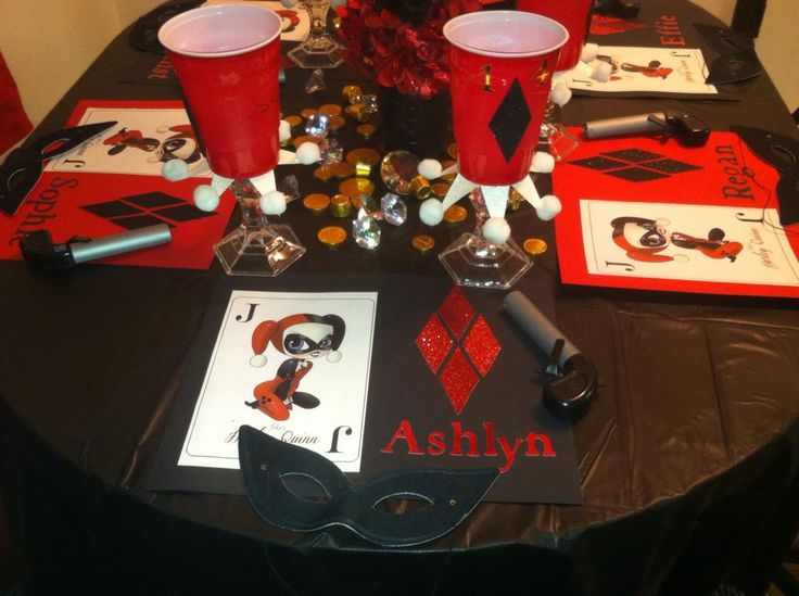 Harley quinn birthday party pic 2 playlist for my life for Harley quinn bedroom ideas