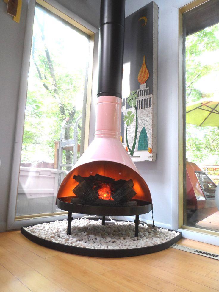 Retro Mid Century Mod Pink Black Preway Small Freestanding Cone Fir