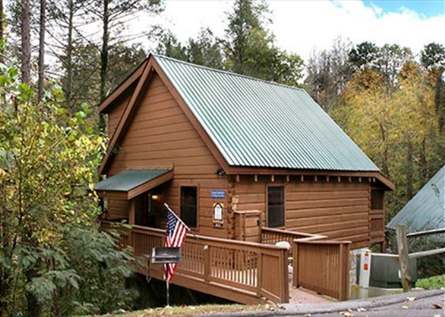 Pin by jackson mountain homes on vacation cabins in the for Jackson cabins gatlinburg tenn