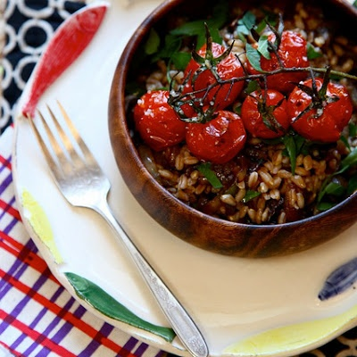 Roasted Tomato and Caramalized Onion Farro Salad