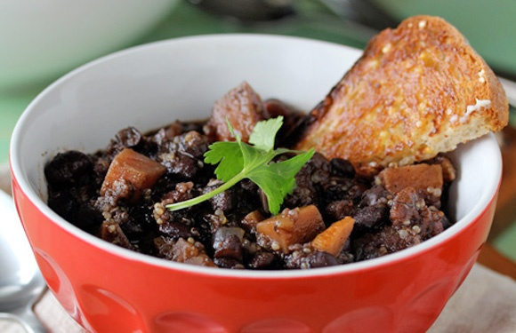 Black Bean, Sweet Potato & Quinoa Chili | Food. | Pinterest
