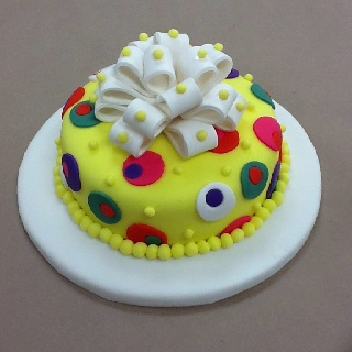 Pin by mona s cakery decorating classes on cake decorating classes