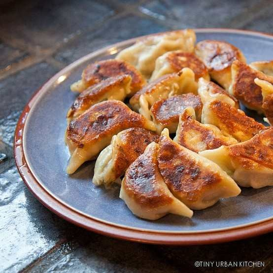 CHINESE DUMPLINGS | Delicious foods and things | Pinterest