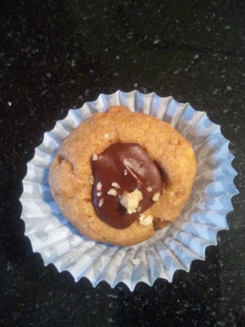 Hazelnut Chocolate Thumbprint Cookie | Italian Cookies | Pinterest
