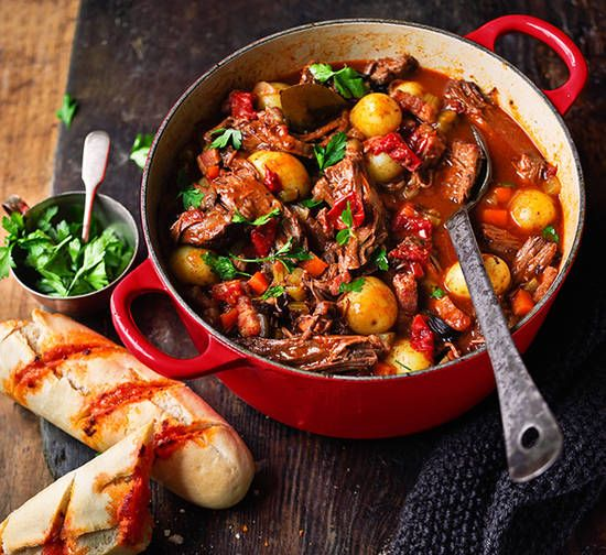 Beef and red wine stew recipe - Better Homes and Gardens - Yahoo!7
