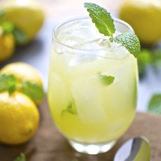 ... Sparkling Minted Lemonade is fizzy, refreshing, and full of fresh mint