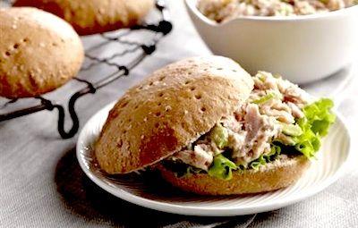 ... Sandwich Thins (buns/rolls using wheat flour, wheat bran and honey