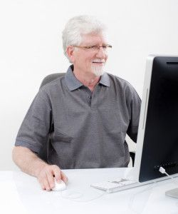 enjoying safe senior online dating tips