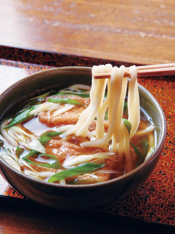 Kitsune Udon, topped with deep-fried bean curd, Kyoto きつね ...