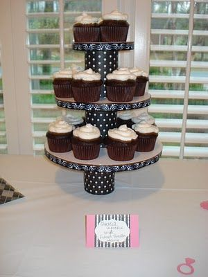 Cupcake Holder-How to make your own out of a diaper box and canned ...