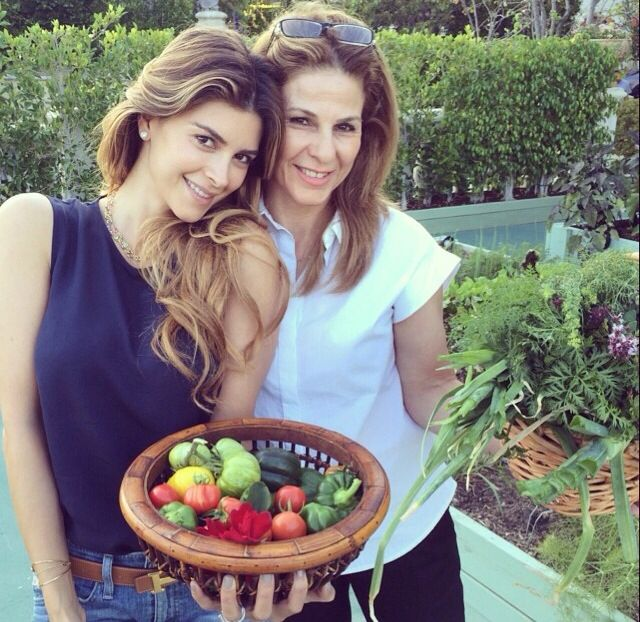 Shiva Safai and her mom | The Hadid and Foster family