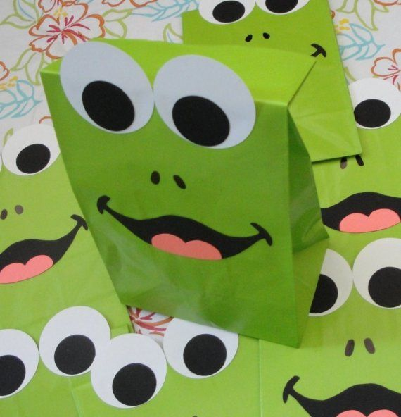 Frog Birthday Party Favor Treat Sacks by jettabees on Etsy