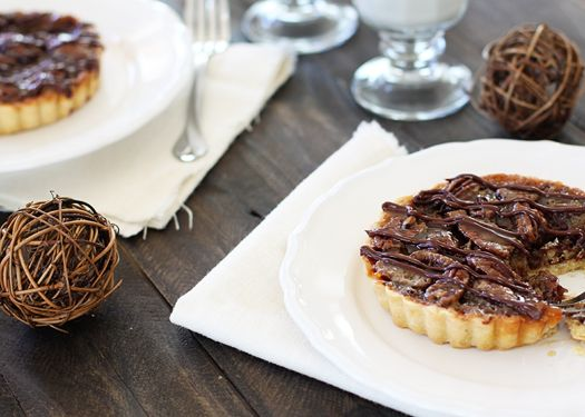 Holiday Recipe Exchange: Chocolate Pecan Tart | Good Life Eats