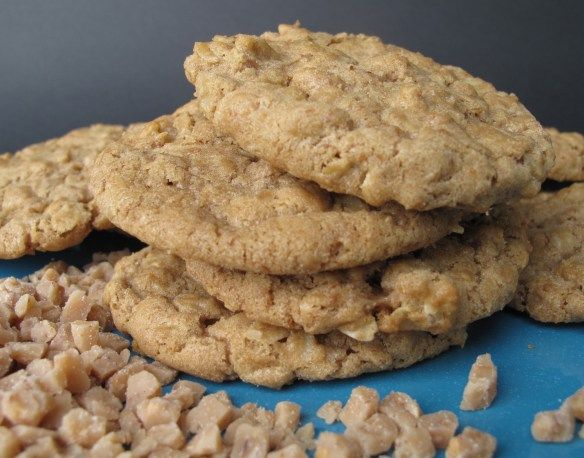 Biscoff Oatmeal Toffee Crunch Cookies | Favorite Recipes | Pinterest
