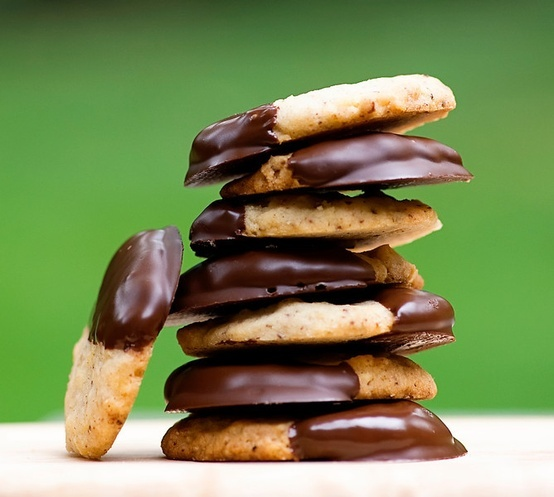 Chocolate-dipped Potato Chip Cookies Recipe - Framed Cooks