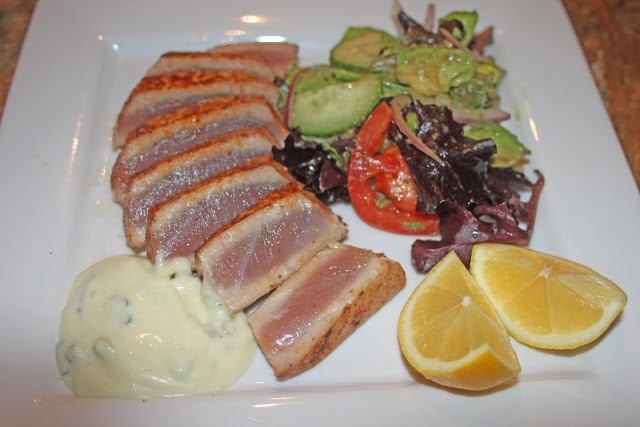 Seared Ahi Tuna with Wasabi-Honey Sauce | Vegetarian Noms | Pinterest