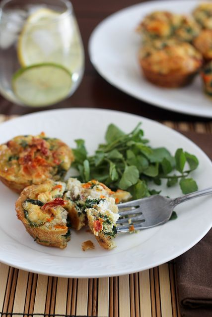 Spinach, Sundried Tomatoes and Feta Frittata Bites -- the perfect make ...