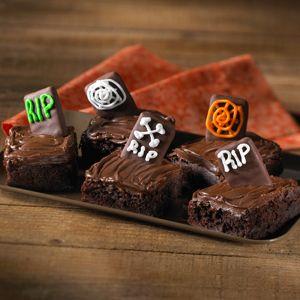 Tombstone Brownies | Holloween | Pinterest