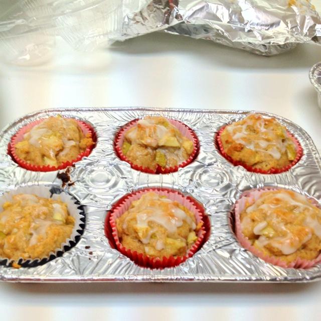 Apple Fritter Muffins Recipe — Dishmaps