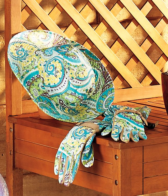 She'll love gardening even more when she's decked out in these stylish garden accessories! The Women's Long Gardening Gloves have an adjustable cuff to help protect against bug bites, ticks, sun exposure, and plant scratches. The palm of the gardening gloves is durable synthetic leather with doubly reinforced thumb and pointer fingertip for added protection.