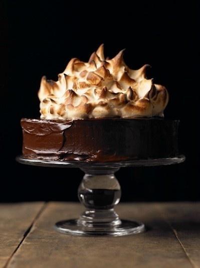 chocolate meringue cake?   Nom nom nom nom . . . .   Pinterest