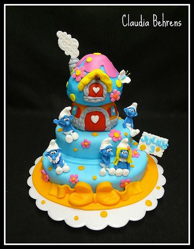 smurf cake julius - claudia behrens Top Smurfs Cakes birthday party girl boys schtroumphs