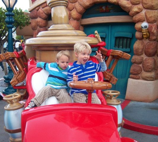 Disneyland 101: What You Need to Know Before You Go