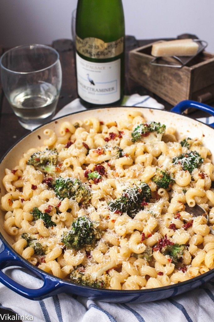Spicy Sun-Dried Tomato And Broccoli Pasta Recipes — Dishmaps