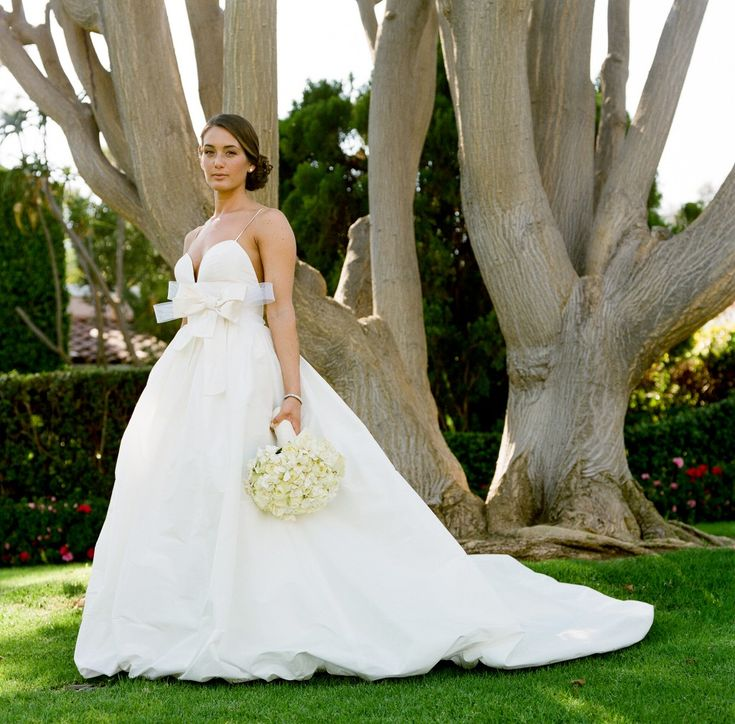 #love this bride in Amsale's Ibiza gown | Beverly Hills Wedding, Southern California Wedding, Yvette Roman Photography