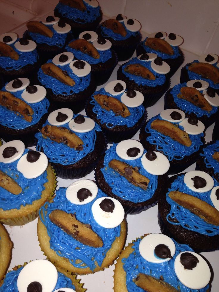 cookie monster themed baby shower cupcakes