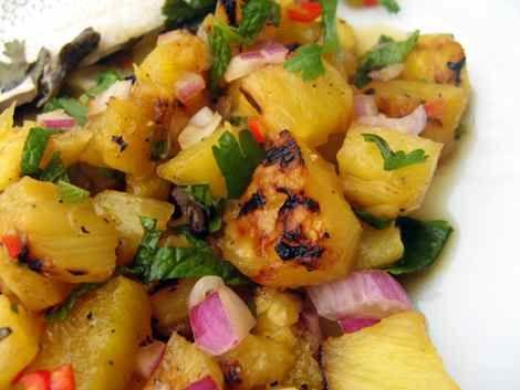Roasted-Pineapple-Habanero Salsa | Recipes | Pinterest