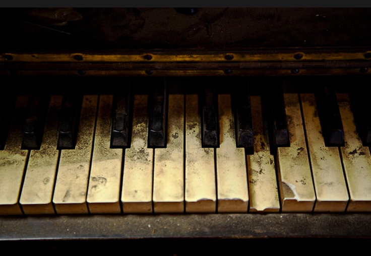 photo old piano - photo #3