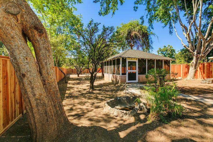 Pin By Podley Properties On Beautiful Backyards Pinterest