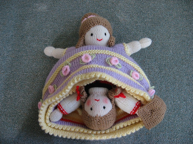 Knitting Pattern For Upside Down Doll : topsy turvy doll Amigurimi Pinterest