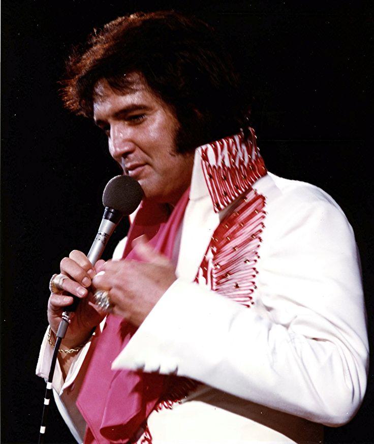 Elvis - Red Phoenix jumpsuit | Elvis 12 - I'll Remember You | Pintere ...