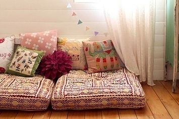 22 Brilliant Ideas For Your Tiny Apartment -- Use giant pillows on the floor if you don't have room for a couch.